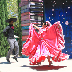 International Celebration at Fairytale Town (Folklorico Aztlan de Sacramento)